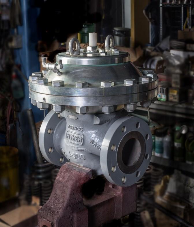 Remanufactured-Fisher-EZH-pressure-reducing-regulator